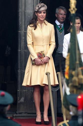 Фото №59 - Любимые бренды одежды герцогини Кембриджской