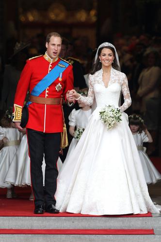 Фото №32 - Гардероб на миллион: самые дорогие наряды герцогини Кейт