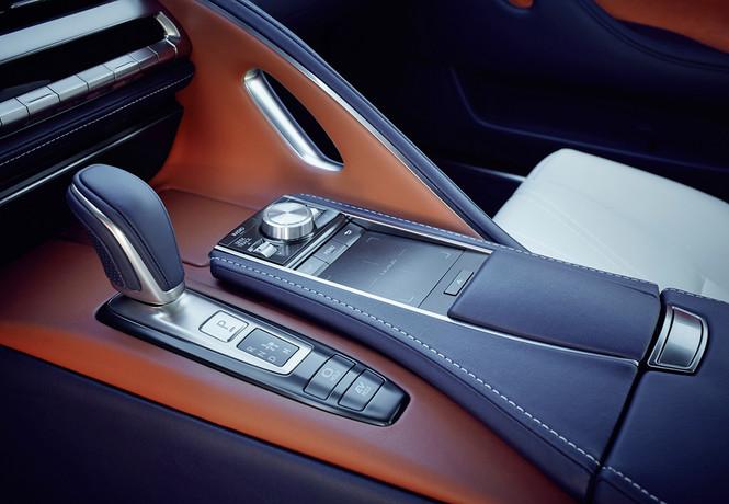 Фото №3 - Lexus LC500 думает за вас
