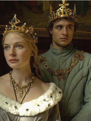 Фото №5 - Уроки истории: 5 самых интересных сериалов про Средневековье