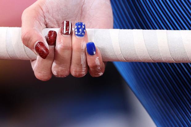Фото №11 - Маникюр олимпийских чемпионок: 7 ярких идей