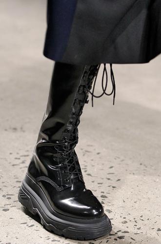 Фото №19 - Самая модная обувь сезона осень-зима 16/17, часть 2