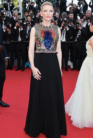 Фото №40 - Королева Канн: Кейт Бланшетт и ее модные образы за всю историю кинофестиваля