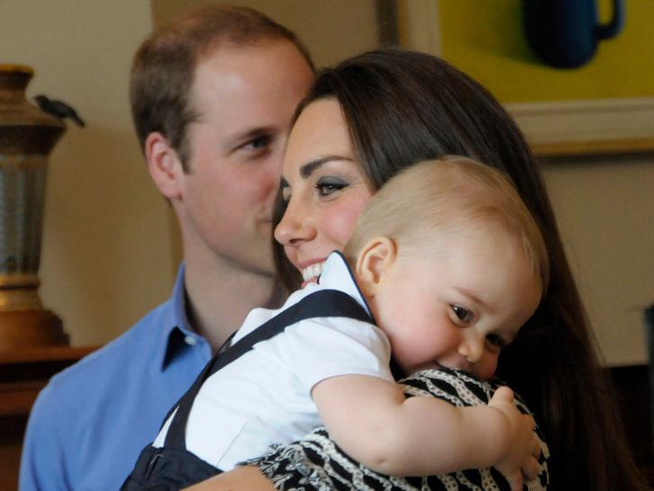 Фото №13 - Самые трогательные фото королевских мам с детьми