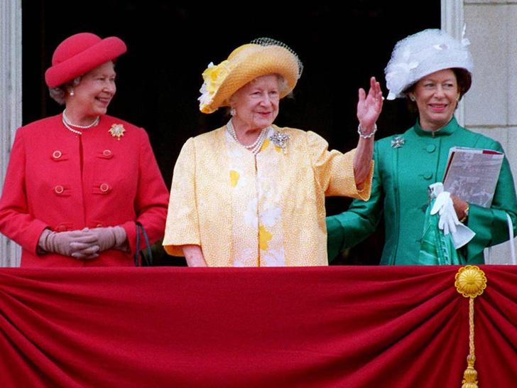 Фото №26 - Одним цветом: как королевские особы носят монохромные образы— 30 вдохновляющих примеров