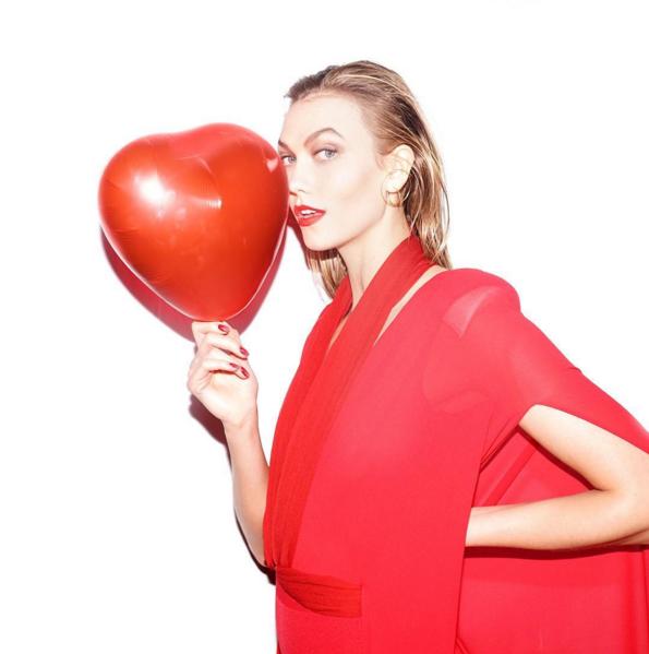 Фото №14 - Звездный Инстаграм: День святого Валентина