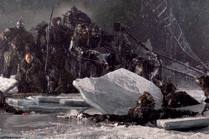 Фото №1 - Как ходить по речному льду, чтобы не утонуть