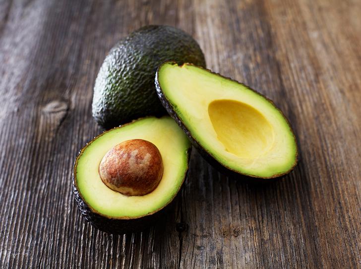 Фото №3 - Шесть «здоровых» продуктов, опасных для фигуры (и вы едите их каждый день)