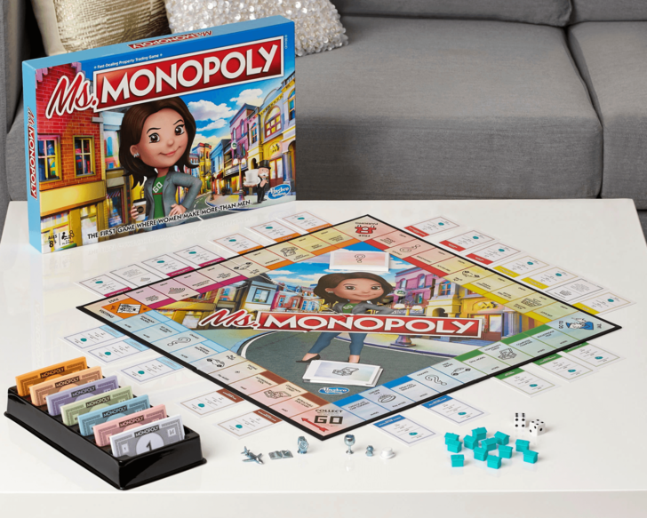 Фото №1 - Hasbro выпустила женскую «Монополию», в которой женщины зарабатывают больше просто так