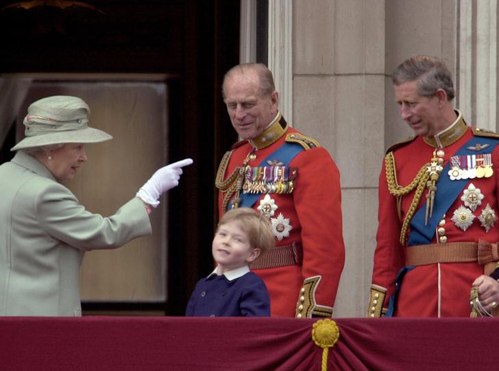 Фото №8 - Trooping the Colour: что нужно знать об официальном дне рождения британской королевы