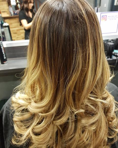 Фото №4 - Балаяж: все, что нужно знать про самое летнее окрашивание волос