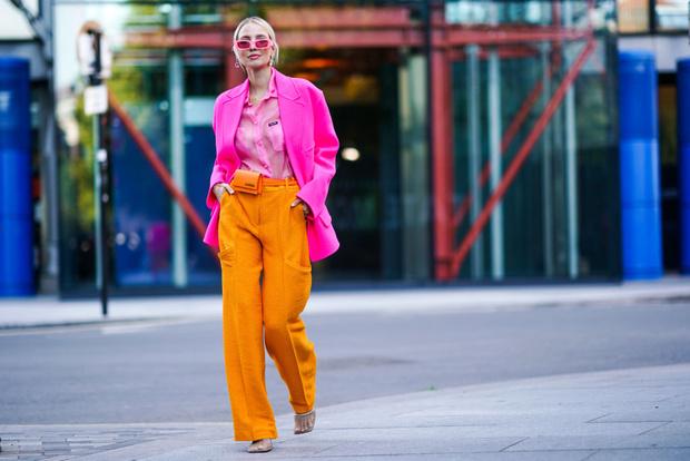 Фото №3 - Не стесняемся: 5 советов, как носить очень яркие вещи