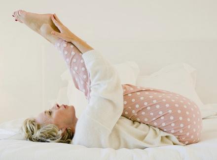 Вечерняя гимнастика: упражнения, которые помогут заснуть