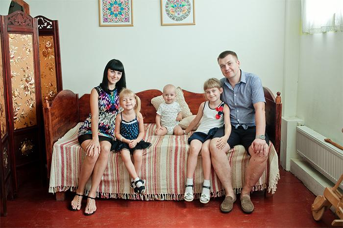 Фото №1 - Счастливые родители в ЭТНОМИРЕ!