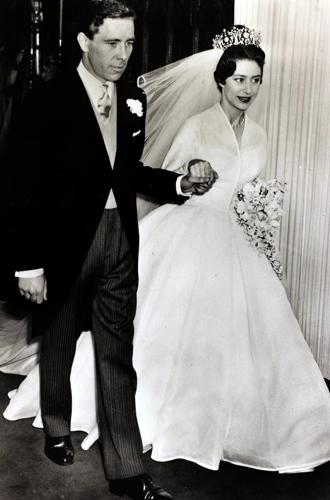 Фото №8 - Каким будет свадебный букет Меган Маркл?