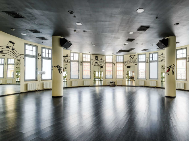 Фото №3 - Танцуйте вместе с Marie Claire Russia и «Касабланкой»