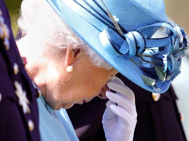 Фото №2 - Вы ее полюбите: как британцам прививают любовь к «неправильной невесте» Меган Маркл