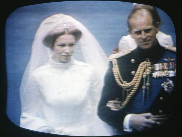 Фото №7 - Папина дочка: самые трогательные совместные фото принцессы Анны и принца Филиппа