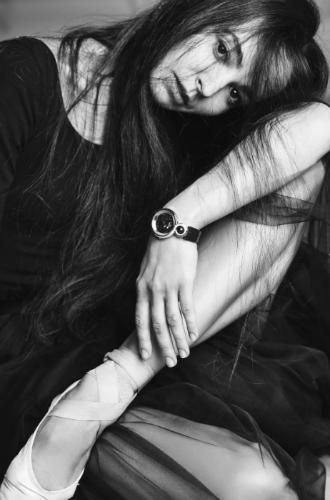 Фото №3 - Диана Вишнёва для Jaquet Droz