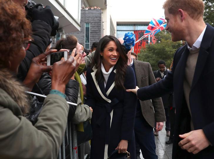 Фото №4 - Как повлияют на королевскую свадьбу отношения принца Гарри с прессой