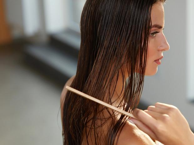 Фото №3 - 5 ошибок в уходе за волосами летом, и как их избежать