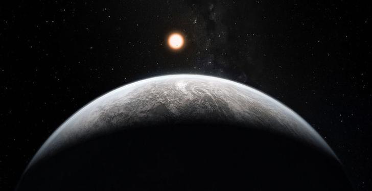 Фото №1 - На окраине Солнечной системы заметили суперземлю