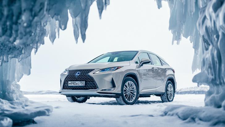 Фото №9 - Lexus покоряет Байкал: лед, вода и медные трубы