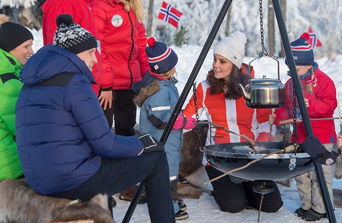 Фото №5 - Это семейное: принц Джордж встал на горные лыжи