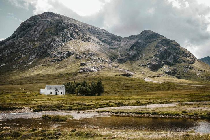 Фото №1 - Дом с современным интерьером в горах Шотландии