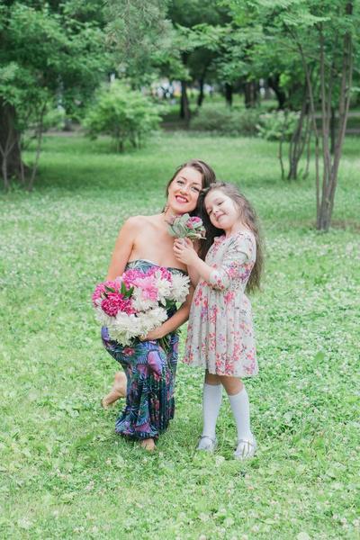 Фото №14 - Бизнес в декрете: 9 идей для молодых мам