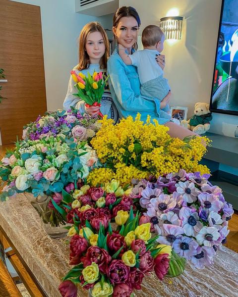 Катя Жужа беременна и ждет третьего ребенка