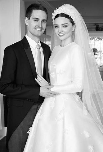 Фото №7 - Свадебное платье Dior на заказ