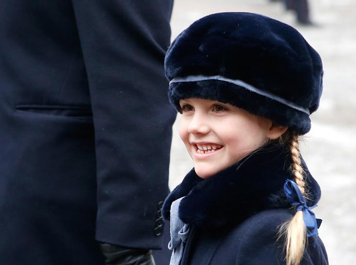 Фото №6 - Юная принцесса Эстель затмила короля Швеции