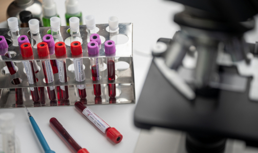 Фото №1 - Путин попросил российских ученых заранее оформить авторские права на вакцину от коронавируса