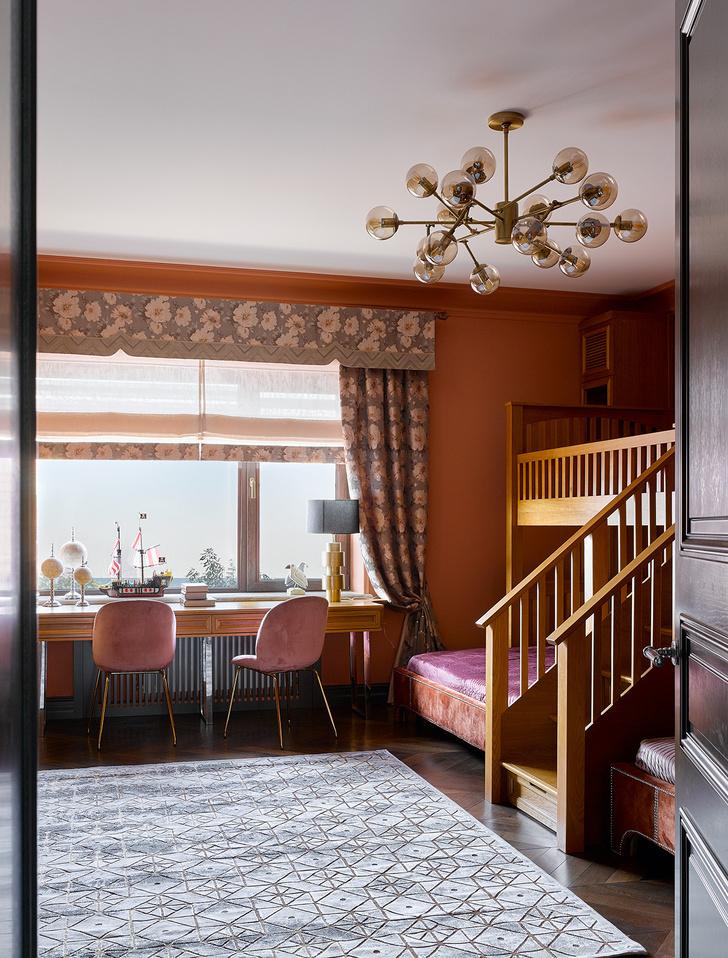 Фото №11 - Яркий дом для большой семьи на побережье Каспийского моря