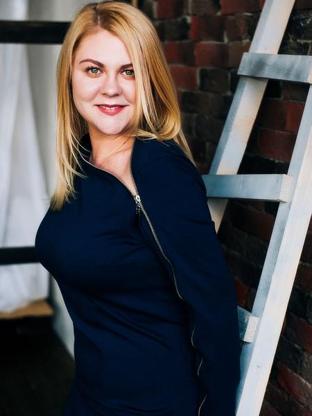 Фото №1 - Валентина Мазунина: «Не надо худеть, чтобы влезть в юбку. Купите свой размер»
