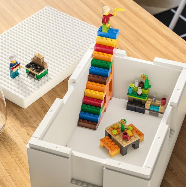 Фото №1 - Коллаборация ИКЕА и LEGO скоро в продаже