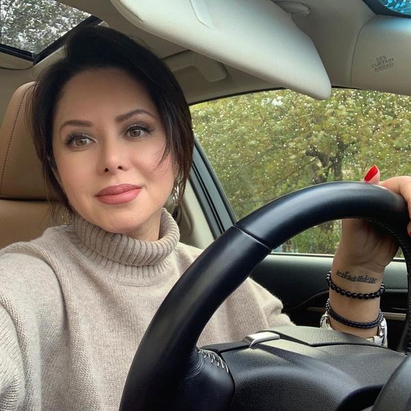 Фото №2 - СМИ: Жигунов снова ушел от жены и увлекся «копией Заворотнюк», на которой готов жениться