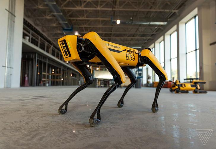 Фото №1 - Boston Dynamics впервые начала продавать одного из своих роботов (видео)