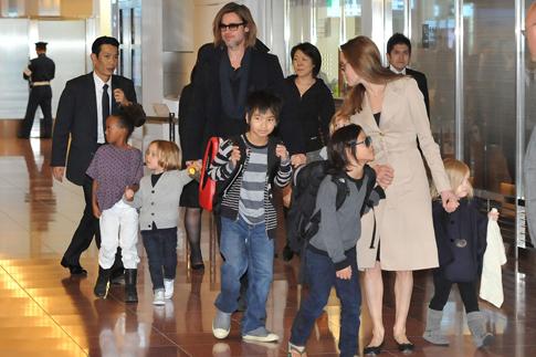 """Фото №8 - Анджелина Джоли о драме """"несломленный"""" и желании стать президентом"""