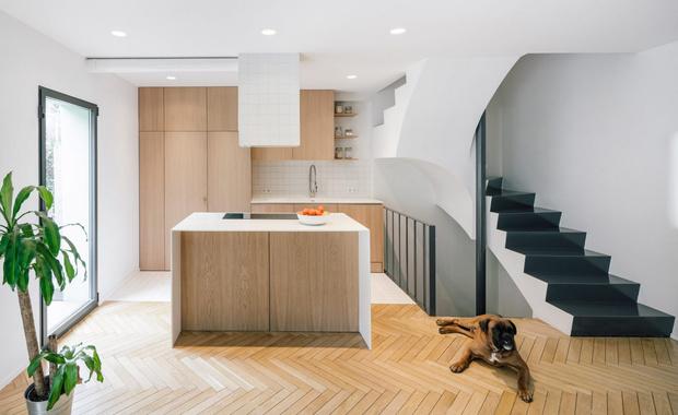 Фото №5 - Дом с двухэтажной библиотекой в Мадриде