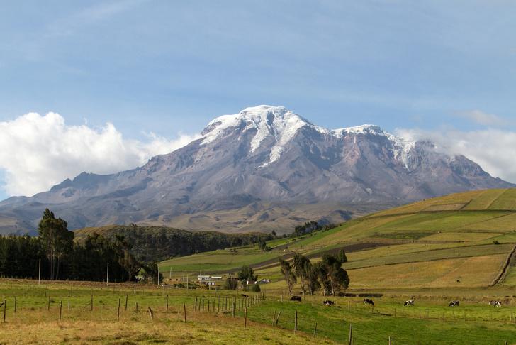 Фото №1 - Эверест лишили статуса высочайшей вершины Земли