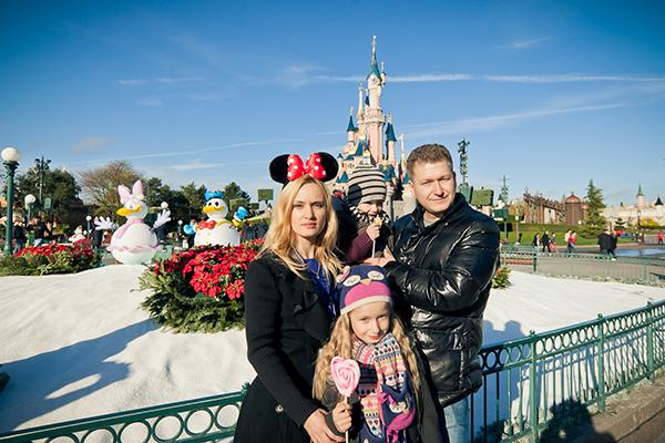 Фото №1 - Победители нашего юбилейного конкурса отправились в Disneyland Париж