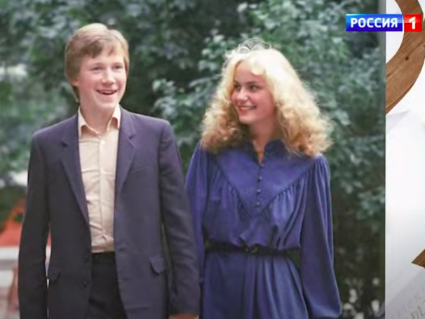 Фото №1 - Алексей Кравченко рассказал, как оставил жену с двумя маленькими детьми