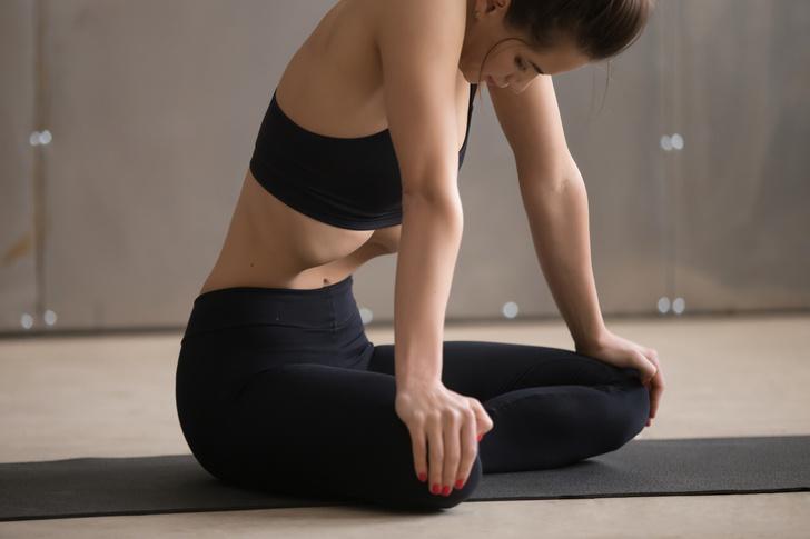 Фото №1 - Полный вакуум: суперупражнение из йоги для плоского живота