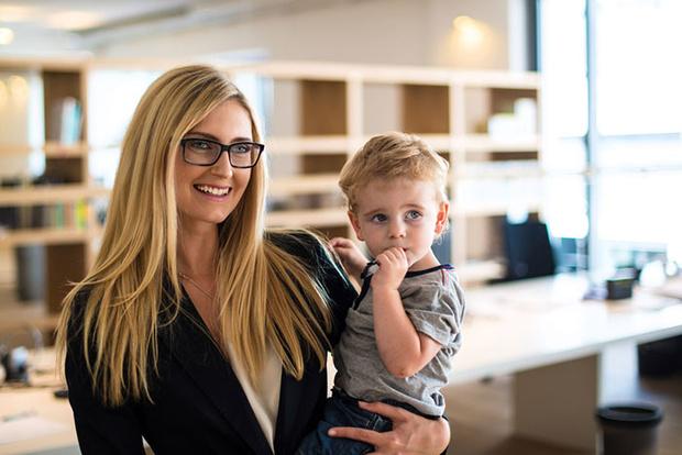 Фото №1 - Успеть везде: 10 секретов работающих мам