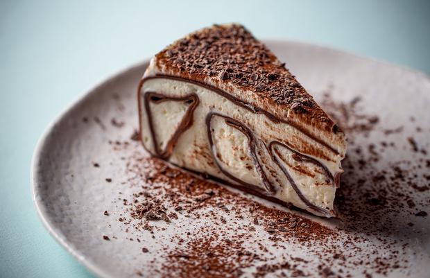 Фото №2 - Отмечаем Масленицу: 3 рецепта блинных тортов на любой вкус