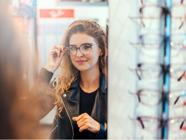 Фото №1 - Как выбрать правильную оправу по типу лица: советы стилиста