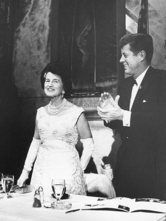 Фото №3 - Американская история: что связывало Уоллис Симпсон и клан Кеннеди