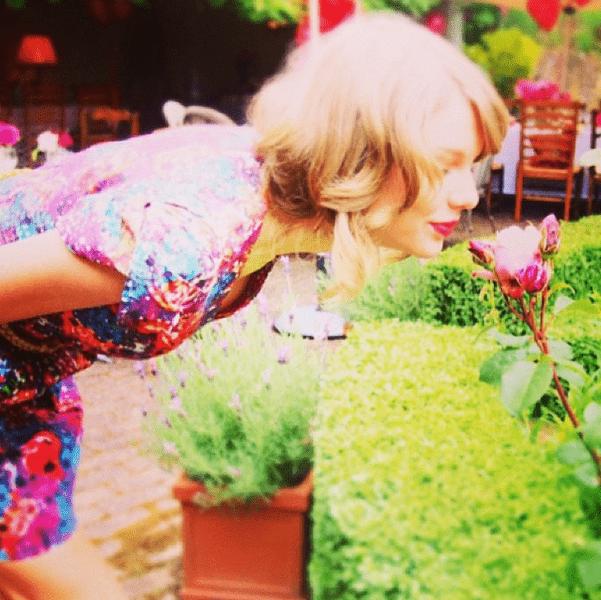 Фото №26 - Звездный Instagram: Знаменитости и цветы